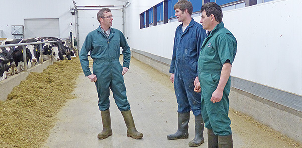 Hoof trimmer, vet and producer talk