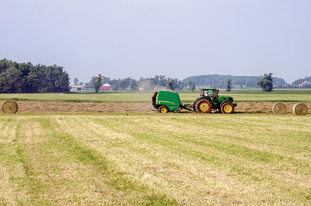 Equipment Hub: Belt tracking on round balers - Progressive