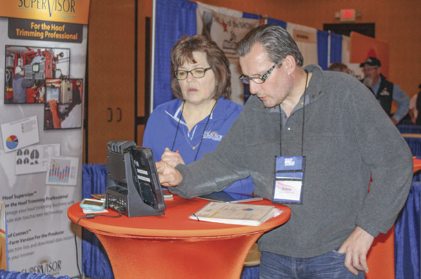 Trimmers learned about new technologies during the Hoof Health Conference trade show.
